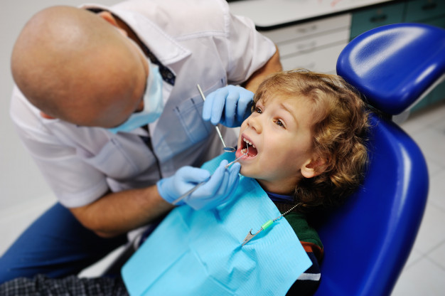 tratamientos dentales barcelona
